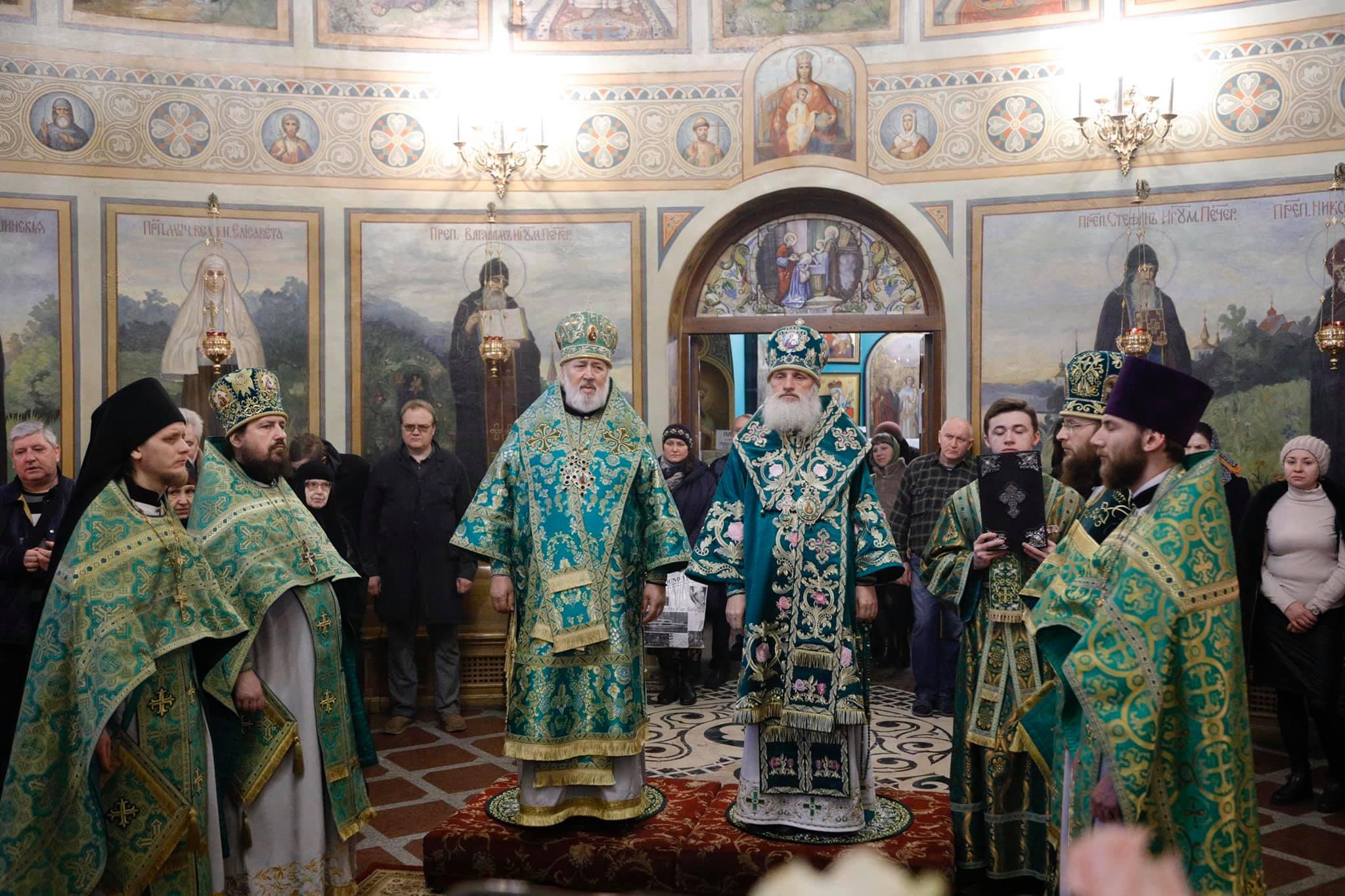 Божественная литургия в день престольного праздника Преподобного Исидора Пелусиота