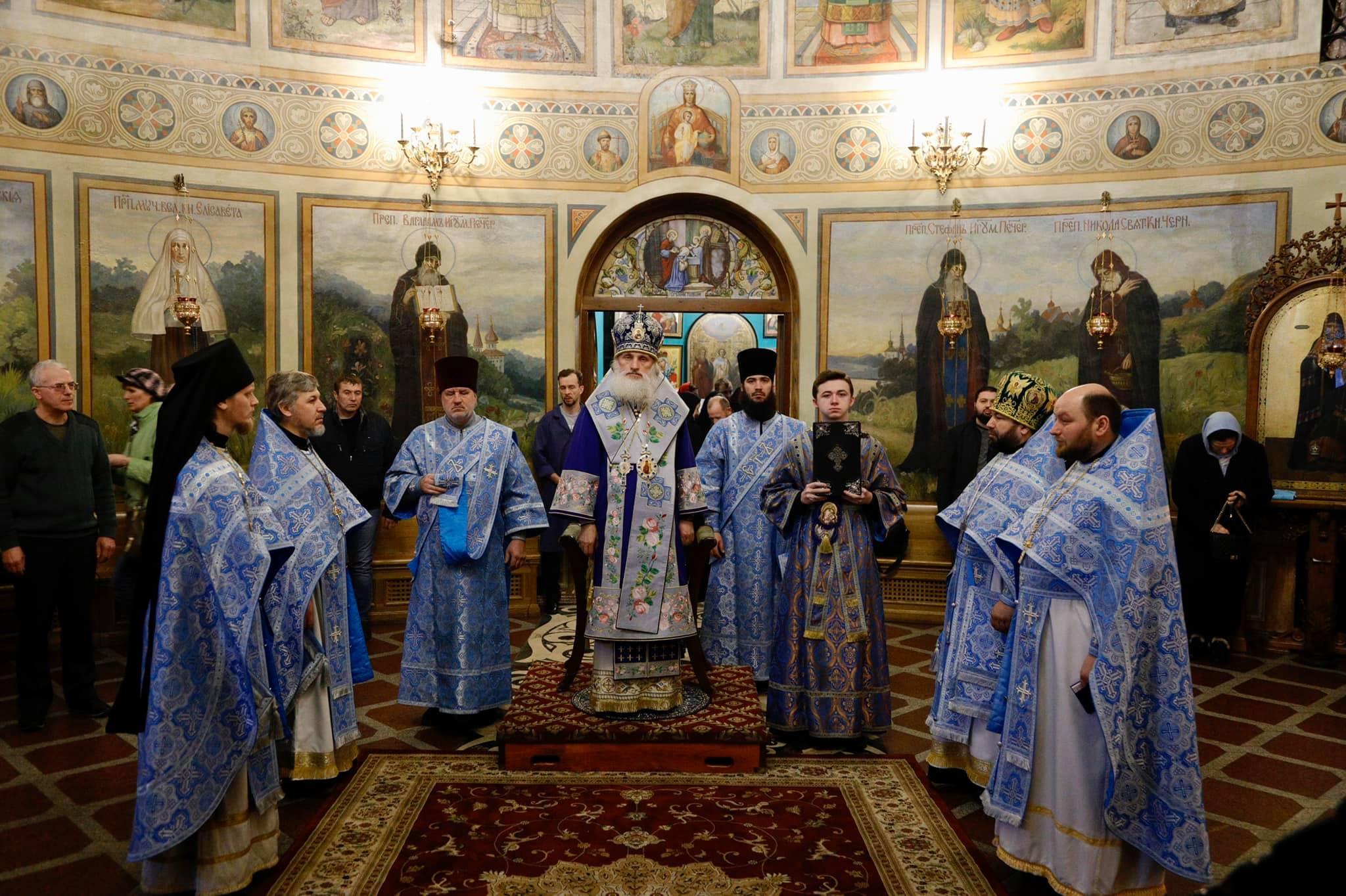Божественная литургия в день празднования иконы Божией Матери именуемой