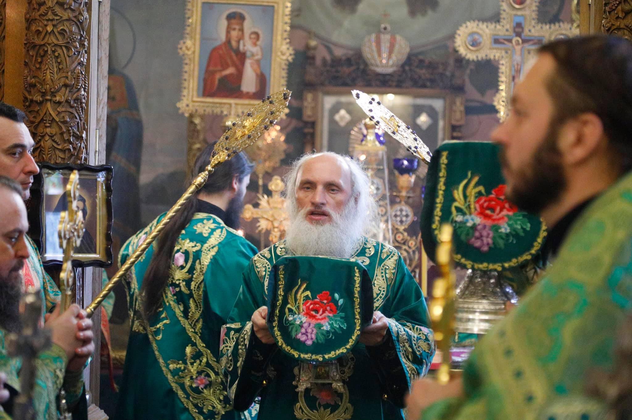 Божественная литургия в день памяти Святого мученика Феодора Тирона, и преподобного Агафона Печерского